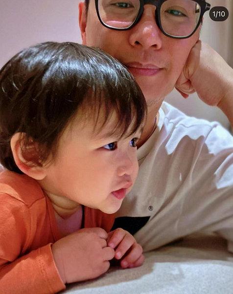 胡杏儿为次子李奕霖庆2岁生日 三胎儿子表情超搞笑