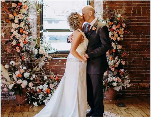 现实版《初恋五十次》,美国阿尔茨海默病患者再次爱上妻子