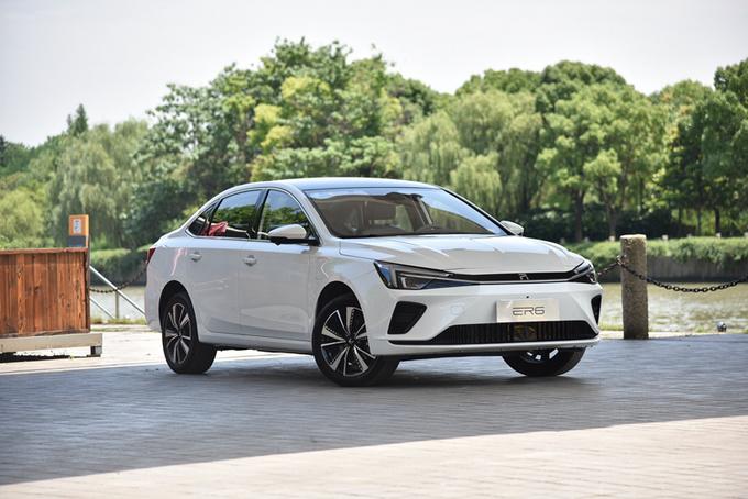 颜值提升/配置升级 实拍R汽车 2021款ER6 新动版