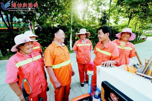 潍坊市出台21条措施提高环卫工人待遇