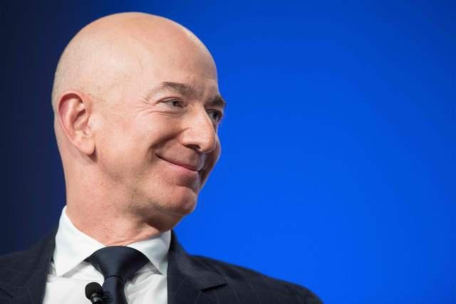 难住保险公司,全球首富贝索斯将登太空,理赔事项等至今未安排妥