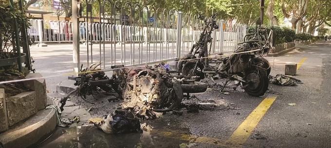 南京新街口一电动车发生自燃无人员受伤