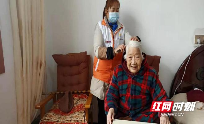 常德鼎城区:免费养老服务送上门