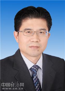王胜当选揭阳市人大常委会主任 支光南当选市长