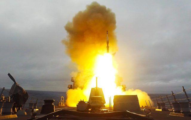 """""""标准-6""""拦截弹道导弹失败,美驱逐舰又射""""标准-3"""""""