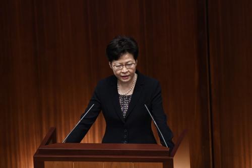 林郑月娥立法会回应推广香港文化定位及应对人口老龄化等问题