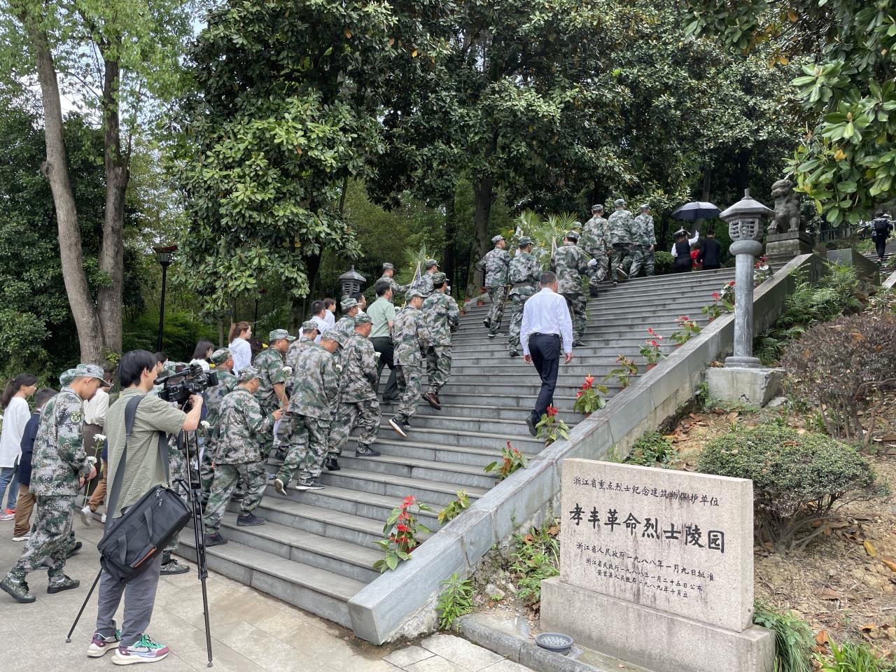 安吉县退役军人事务局有序推进散葬烈士墓迁移安葬工作