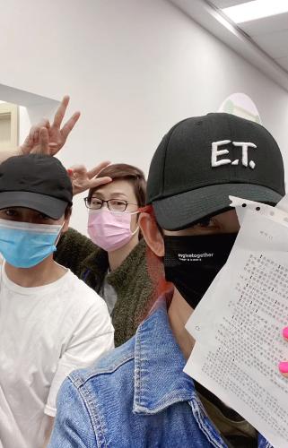 萧敬腾、蔡少芬、陈法蓉在大陆接种疫苗,赵雅芝点赞