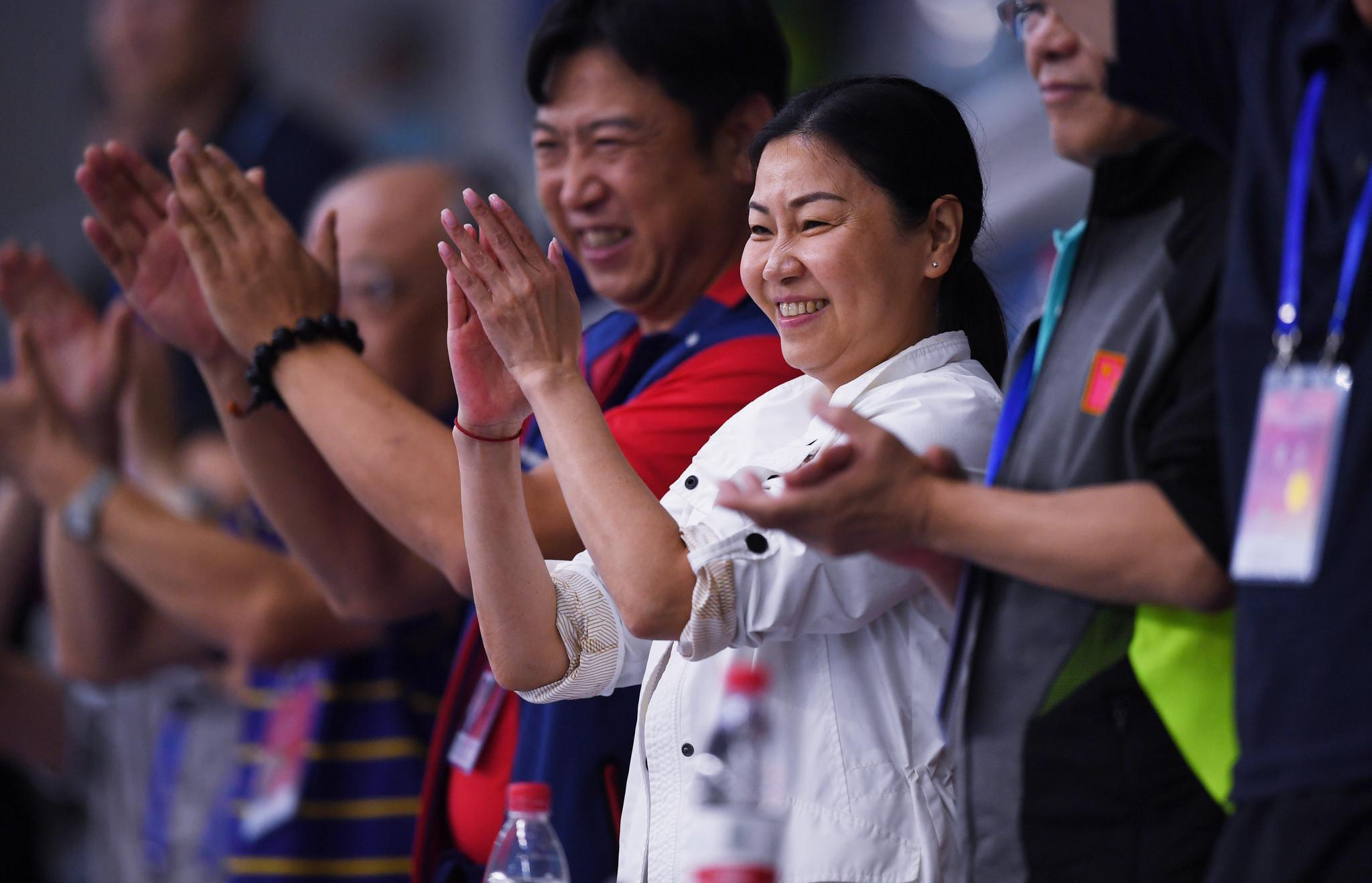 周继红成为国际泳联首位女性副主席