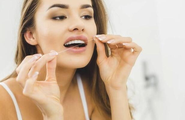 用牙线会导致牙缝变宽?真相原来是这样