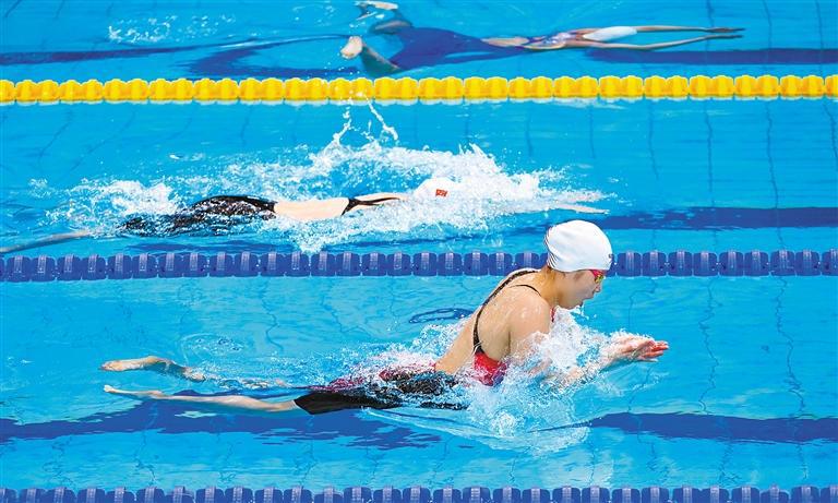 """十四运会游泳测试赛 陕西""""女蛙王""""与奥运冠军同池竞技"""