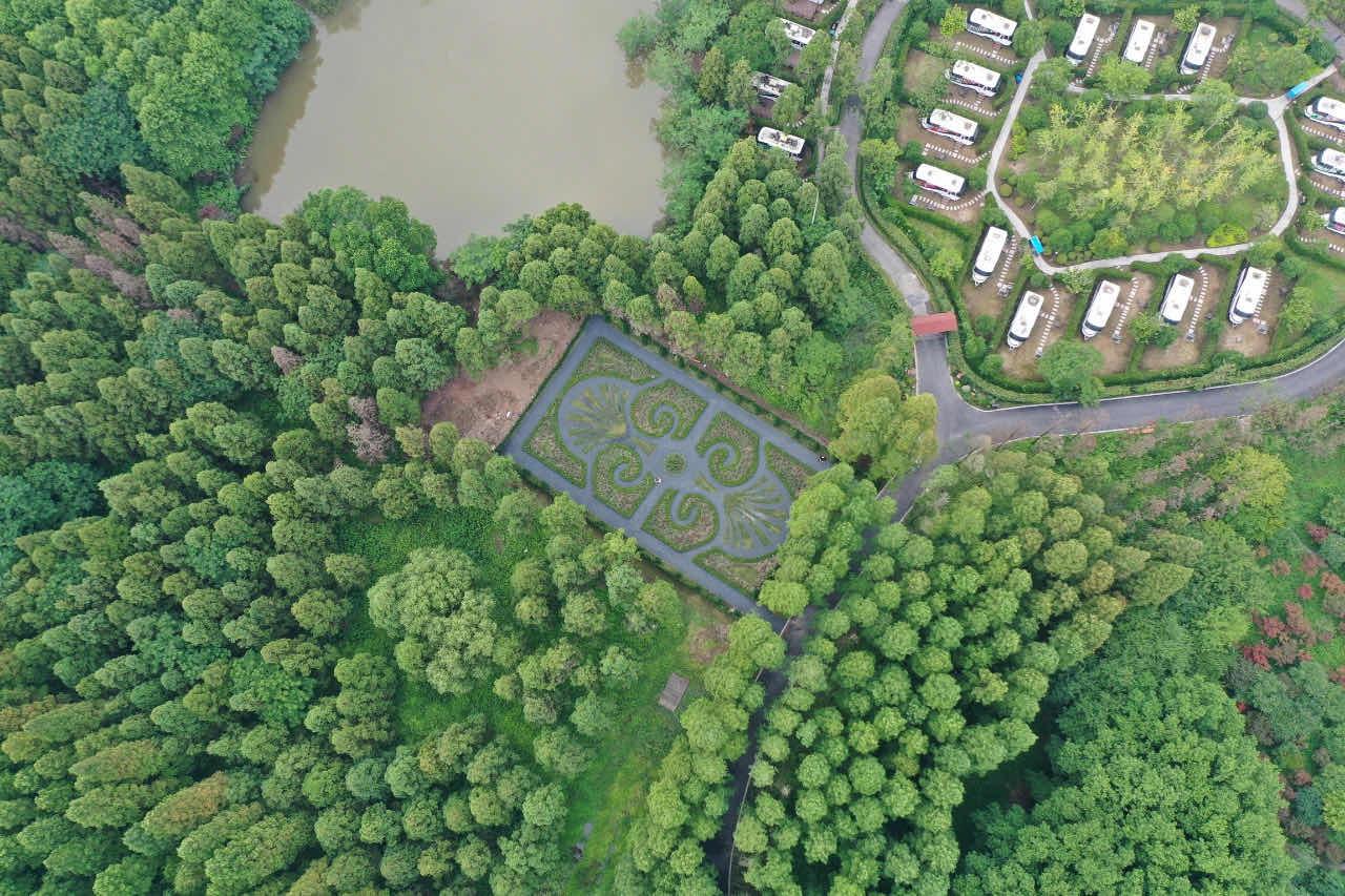 上海崇明建了一座法式花园,取景于法国凡尔赛宫