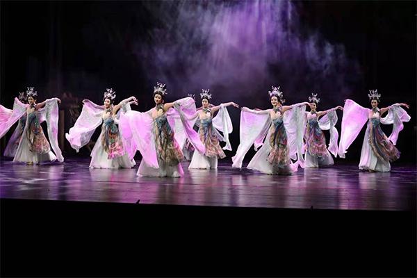 舞台剧《永乐宫纪事》在山西大剧院首演 再现永乐宫壁画搬迁的艰辛历程