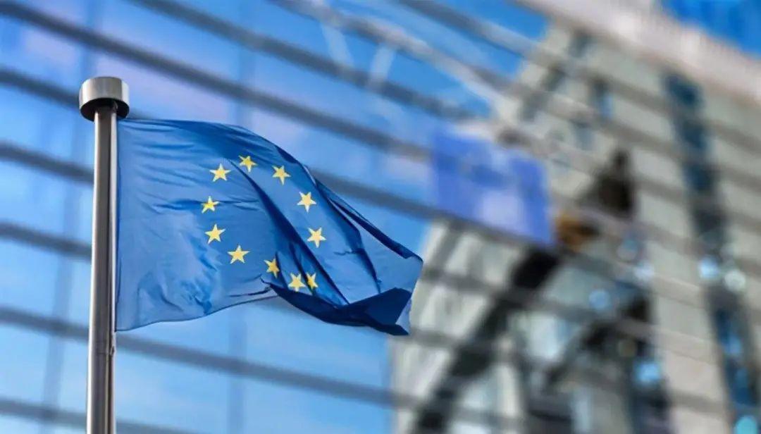 欧盟计划要求2035年所有新车零排放、特斯拉在美推送FSD Beta V9、小鹏免费充电政策调整官宣 | 星球电讯