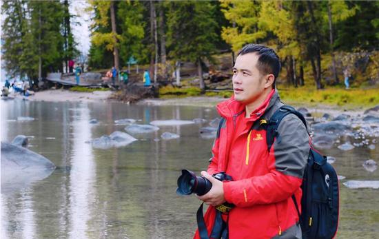 摄影师杨荣貌:用XPS 17触摸更真实的色彩 XPS 17   摄影师背后的色彩大师