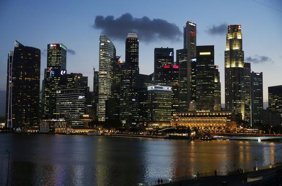 新加坡考虑减税等措施支撑经济