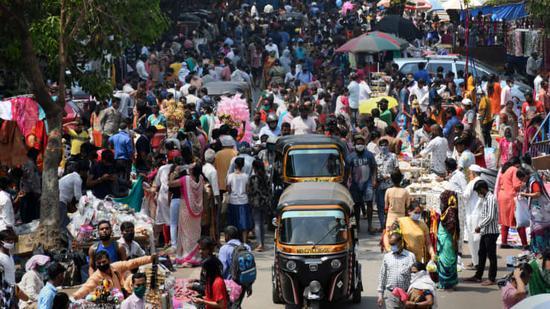 私人包机公司称逃离印度的不只是超级富豪 中产阶层也在倾尽所有