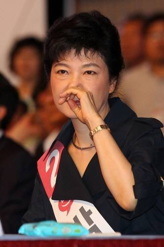 朴槿惠(韩国《东亚日报》)