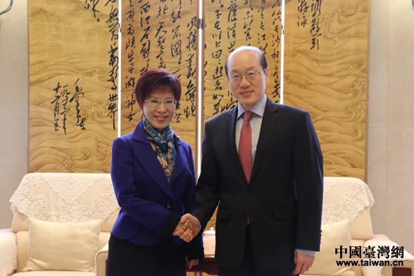 2017年时任国务院台办副主任刘结一会见洪秀柱资料图 图片来自中国台湾网