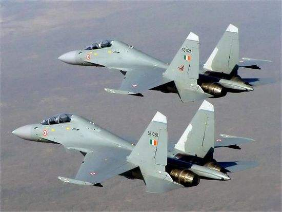 资料图片:印度空军苏-30MKI双机编队。(图片来源于网络)