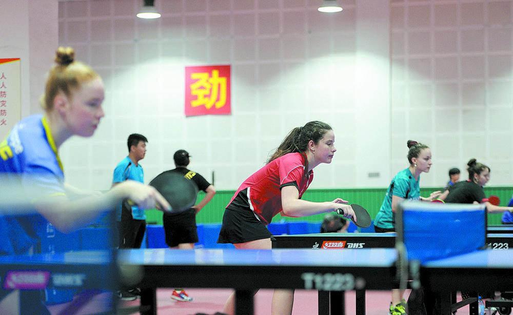 走进成都国际乒乓球公开赛精英训练营