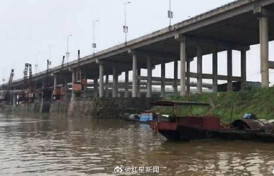 贛江邊的公路橋