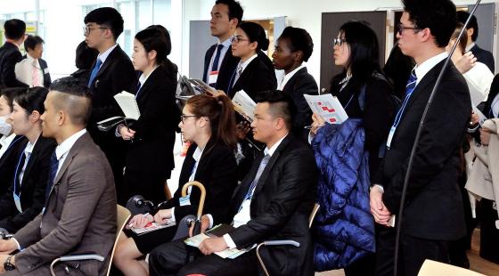 """在日本参添企业就职表明会的留门生(日本网站""""东洋经济在线"""")"""