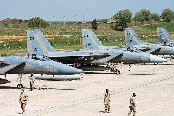 图为沙特空军装备的美制战机