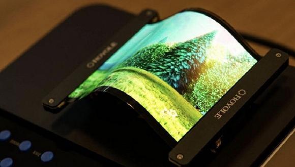 世界上第一款可折叠的柔性屏手机 刘自鸿回应质疑:柔派手机供不应求 暂无上市计划