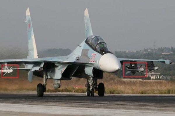 原料图片:驻叙俄军苏-30SM挂载R-27(红框标出)导弹起飞执勤。(图片来源于网络)