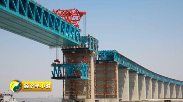 28号桥墩钢梁架设
