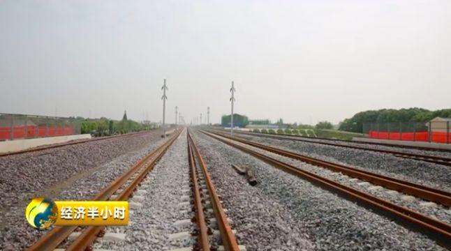 铁轨接驳线