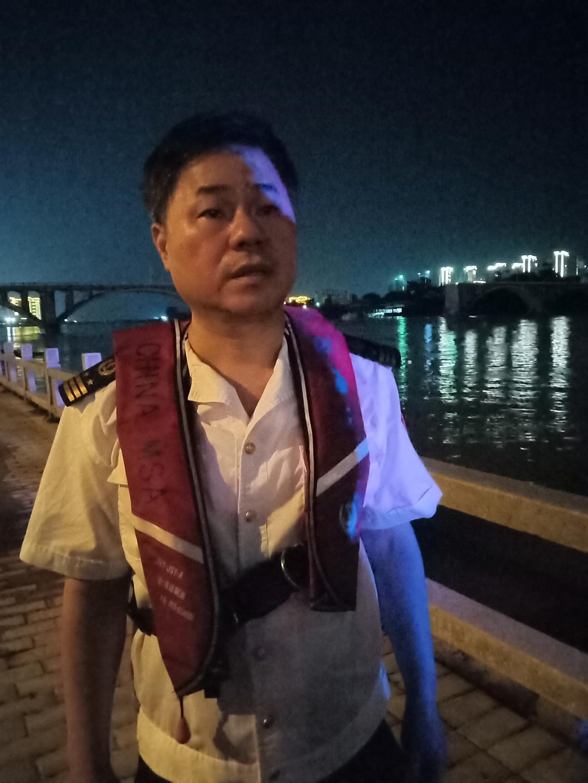 河源海事局叶水峨副局长接受采访