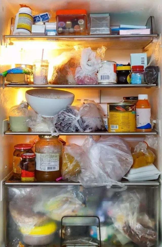 冰箱满载不卫生、不省电