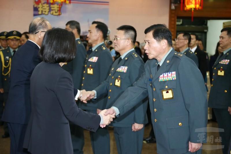 709彩票:蔡英文晋升19名台军将官 台网