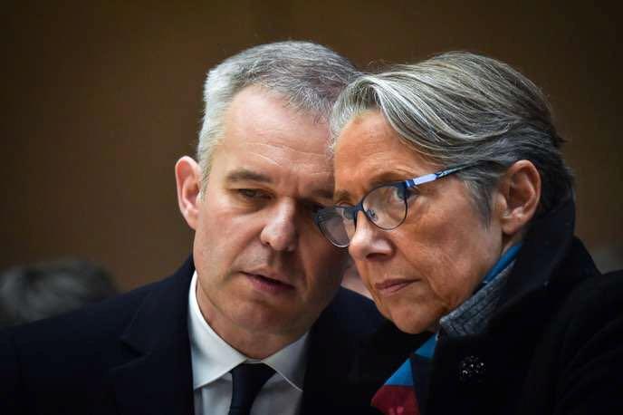 法国高官曝公款宴请丑闻?#20405;?自称媒体私刑受害者