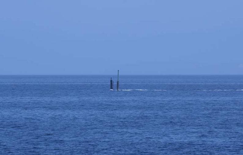 """""""潜艇入侵?#20445;?#38889;军紧张搜索6小时后未发现异常"""