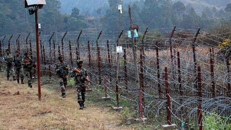 印巴戎行在克什米尔又睁开剧烈交火。(图源:《印度时报》)