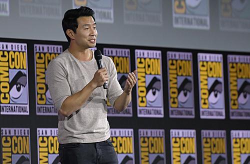 加拿大籍華裔演員劉思慕將飾演男主角上氣。(法新社)