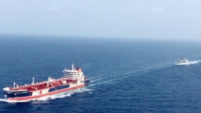 俄罗斯:呼吁某些国家放弃海湾地区永久驻军
