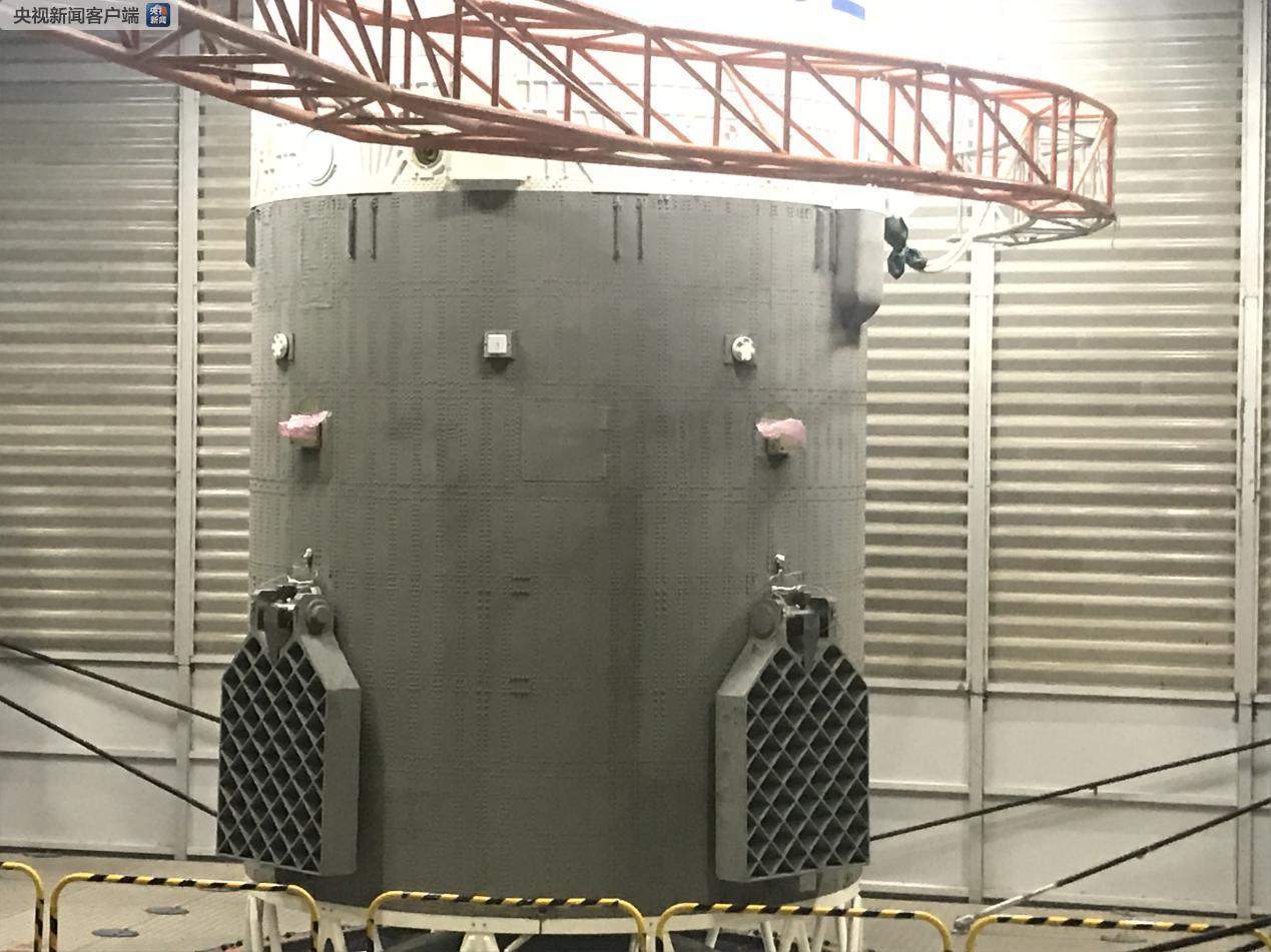 (↑ 图片中的网格状叫做栅格舵,图片来源:航天科技集团一院 石立群)