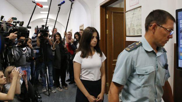 安吉丽娜于2019年6月出席了一场法庭听证会。图据BBC新闻