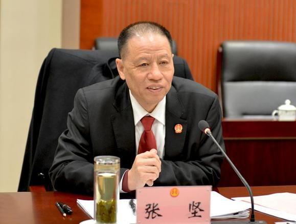 8月24日,河南省政府党组成员、副省长徐光落马。