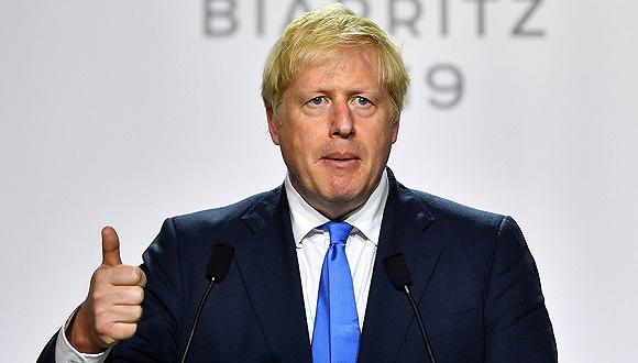 议员辞职、抗议四起 约翰逊承诺加快脱欧谈判
