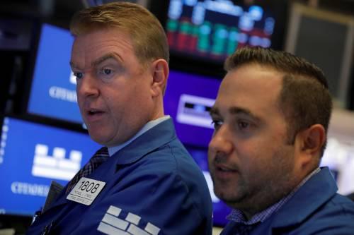 台媒:美企业界抛售自家股票 宛若金融危机前景象