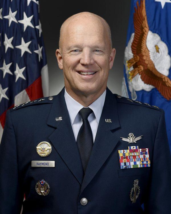 原料图片:美军太空司令部始任司令约翰·雷蒙德上将。(美国国防部网站)