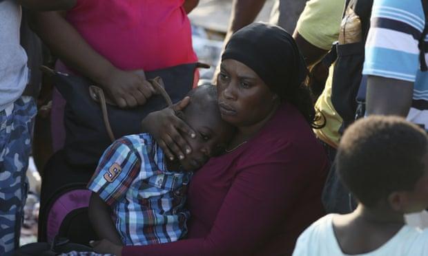 巴哈马受灾居民。图源:美联社
