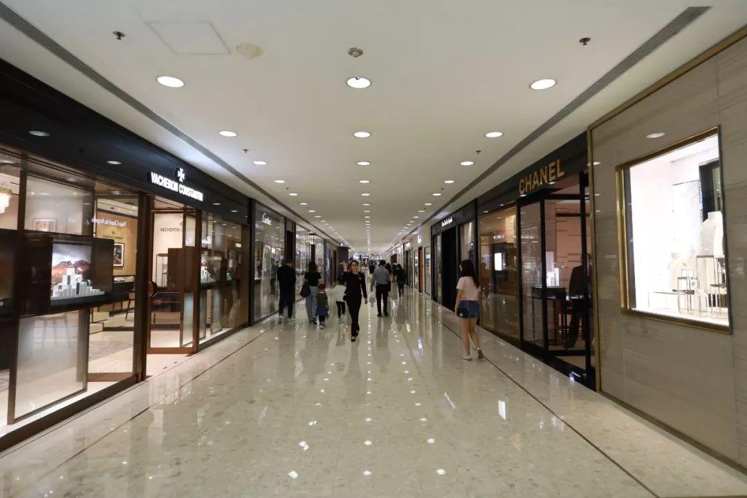 如今香港商场异常冷清(大公文汇全媒体记者李湃丰摄)