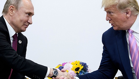 6月28日,日本大阪,二十国集团领导人第十四次峰会上的特朗普与普京。图片来源:视觉中国