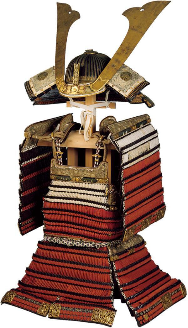 赤丝威肩白铠,室町时代(15世纪),出云大社藏